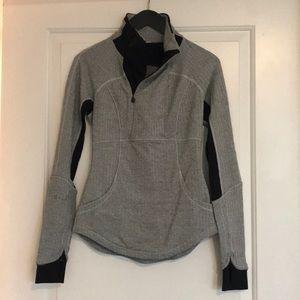 Lululemon grey half zip up sz 2